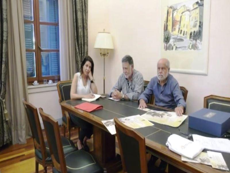 Aus eins mach drei: Ab heute gibt es offiziell drei Rathäuser auf Korfu