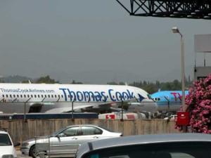 thomas-cook-airplane-180610